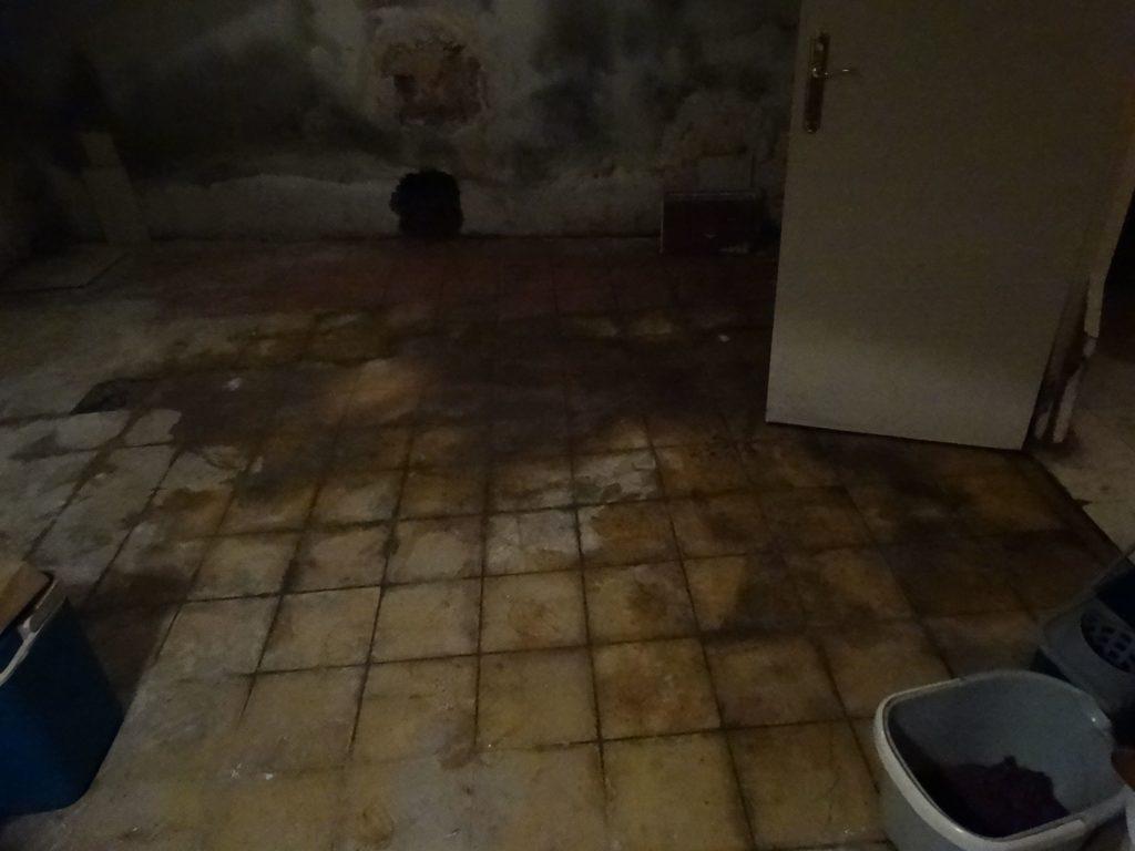Como quitar las humedades de la pared definitivamente olor a humedad - Como quitar humedad de la pared ...